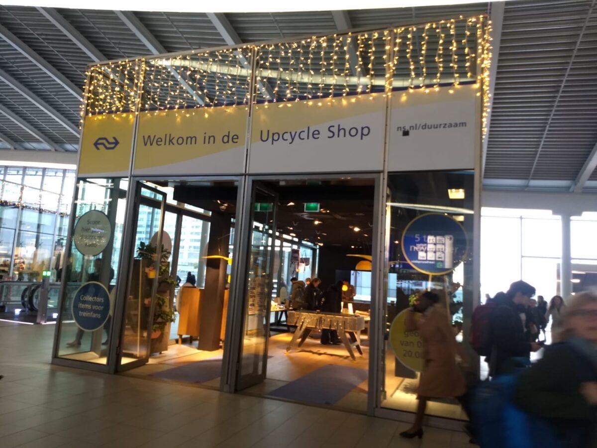 Upcycleshop op het NS station in Utrecht